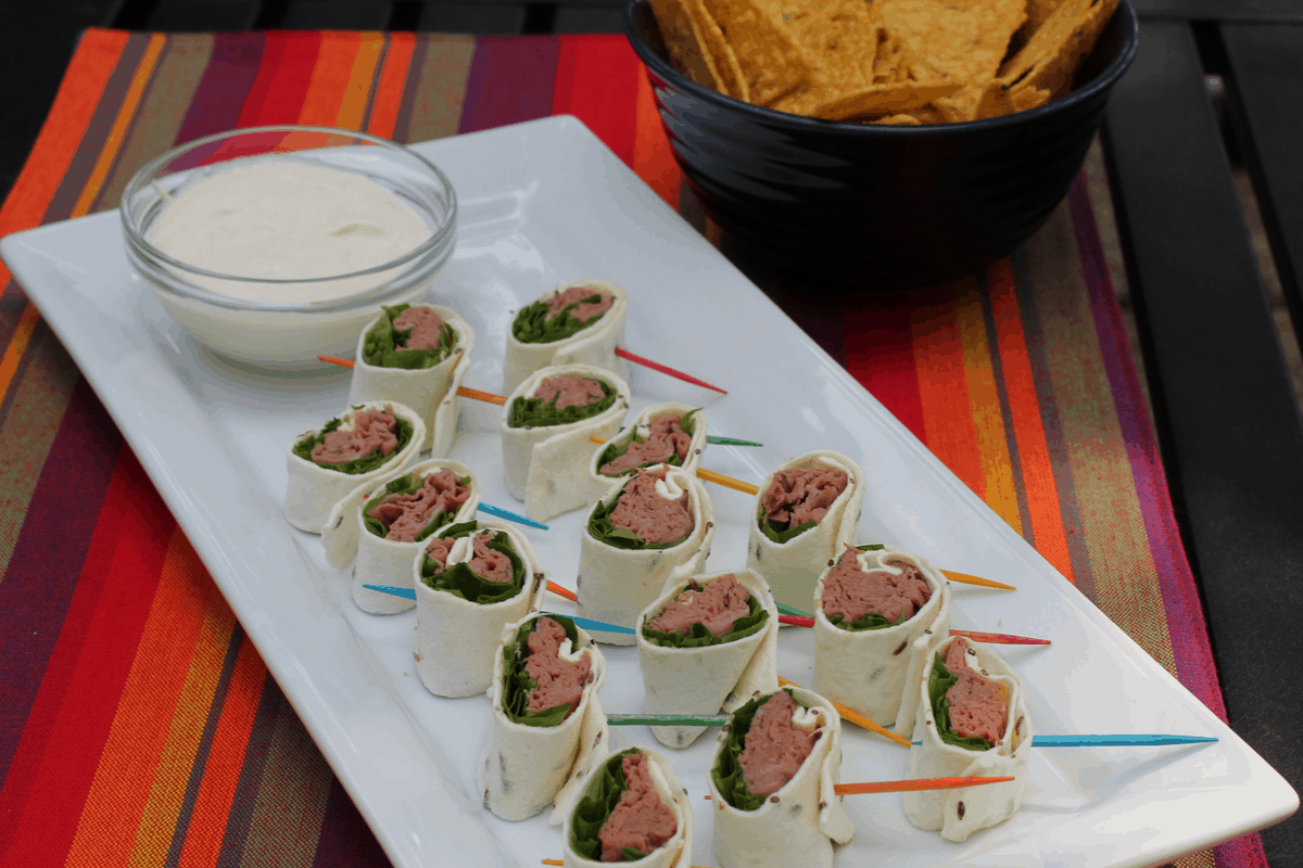Roast Beef Pinwheels with Horseradish Cream