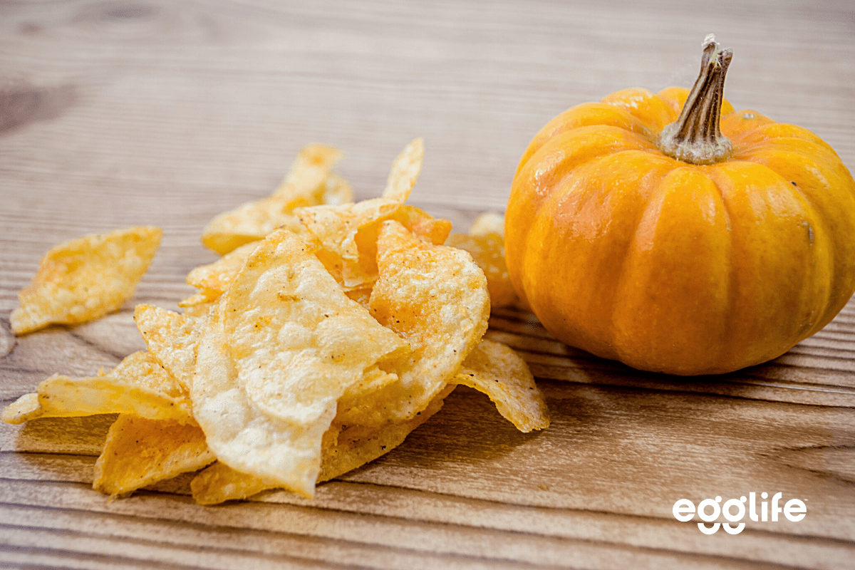 Keto Cinnamon Chips and Pumpkin Dip